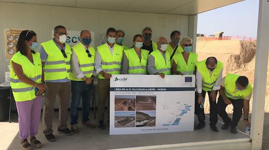 """""""Alegría"""" por el AVE: satisfacción generalizada por el Presupuesto para Almería"""