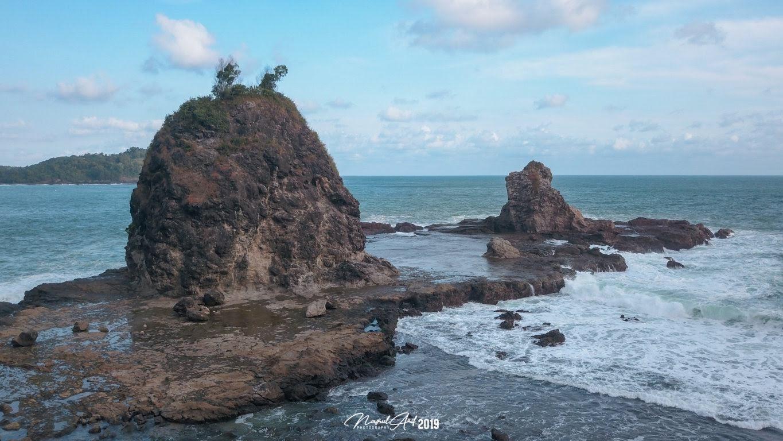 Pantai Watu Lumbung Yogyakarta