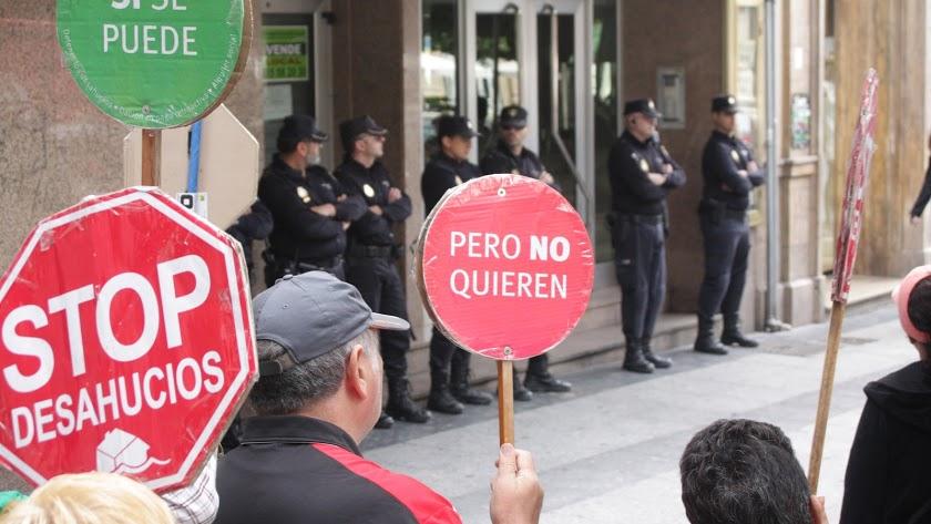 Imagen de archivo de una manifestación contra los desahucios.