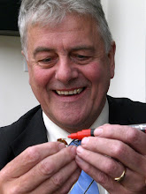 Photo: Jim Nicholson MEP gets his first lesson on marking the queen.