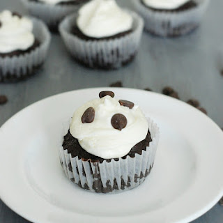 Chocolate Cupcakes with Cream Cheese Frosting - Low Carb.