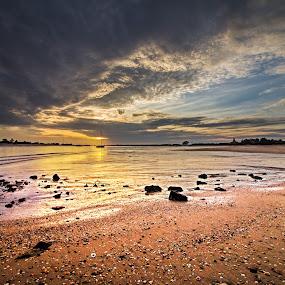 Back Home by Miguel Pires - Landscapes Sunsets & Sunrises ( sunset, holidays, algarve, tavira, beach, portugal,  )