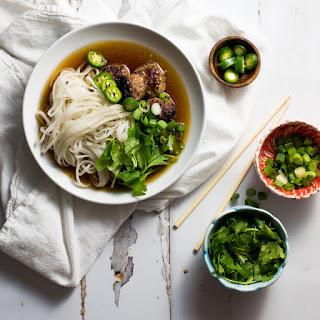 Vietnamese Meatball Pho Noodle Soup (Pho Bo).