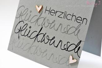 Photo: http://bettys-crafts.blogspot.com/2015/09/herzlichen-gluckwunsch-die-sechste.html