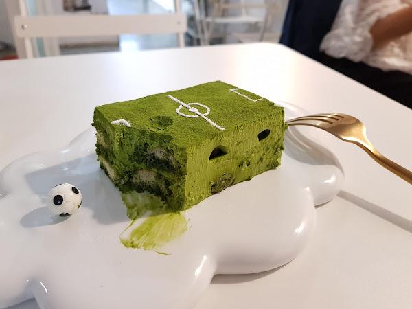 有點甜Cafe A Little Sweet。我要吃垮一座抹茶足球場!!!