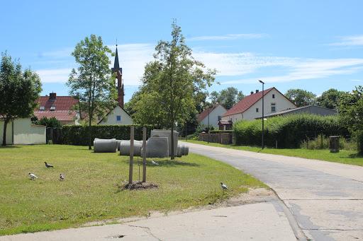Die Schönfelder Ortsdurchfahrt VOR der Sanierung. Archivbild: asc