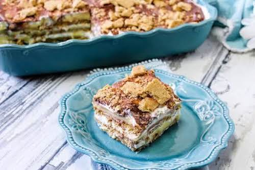 """Graham Cracker Pudding""""This is a quick and simple dessert my mama use..."""