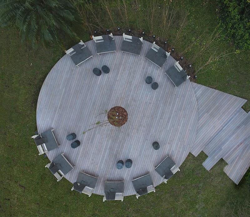 Casa FOA 2017: Jardín Principal by Volskwagen
