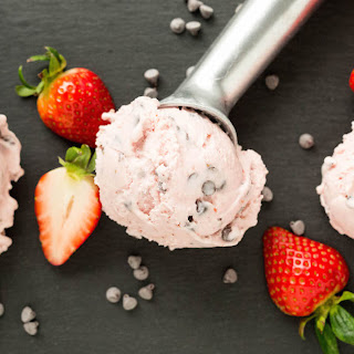 Strawberry Chocolate Chip Gelato
