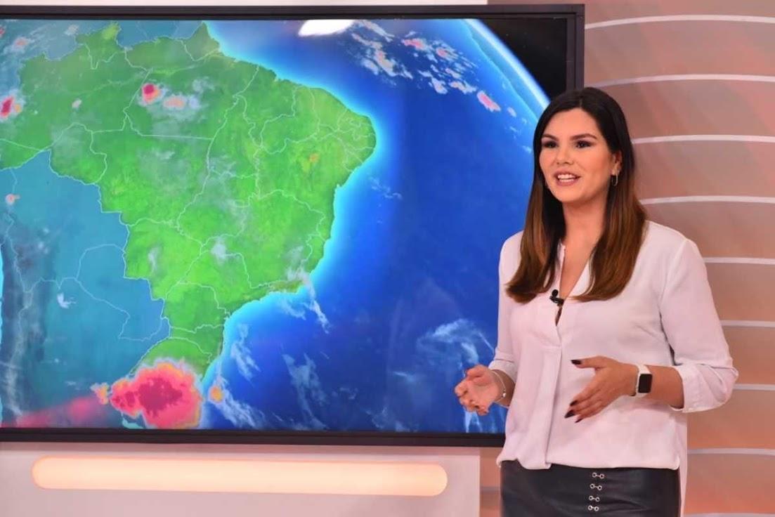 Rafaela Cascardo na previsão do tempo balanço geral rj manha