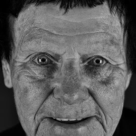Mae at one hundred by Graham Peel - Black & White Portraits & People ( 100, century, woman, centenarian, old )