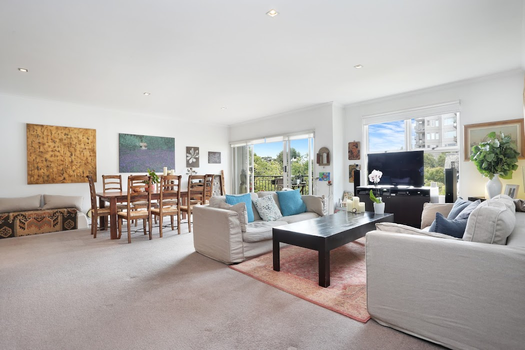 Main photo of property at 301/26 Queens Road, Melbourne 3004