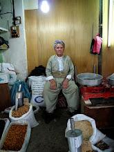 Photo: Seed seller, Hawlêr (Erbil), South Kurdistan (Iraq), 2011