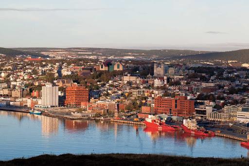 st-johns-newfoundland-skyline.jpg - View of St. John's skyline and riverbank from Signal Hill, Avalon, Newfoundland.