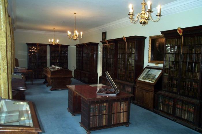 pepys library.jpg