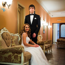 Wedding photographer Anya Karpova (Annslog). Photo of 25.01.2017