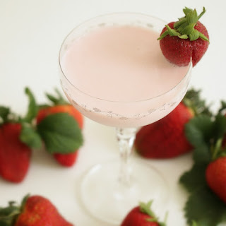 Strawberry Cream Dream Cocktail