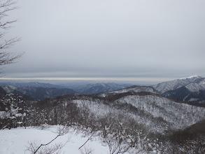 右から武奈ヶ岳・白滝山・白倉山・三国岳など