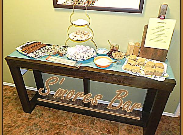 Indoor/outdoor S'mores Bar Recipe