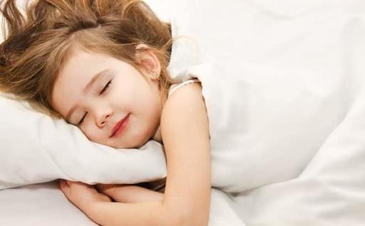 Nên và không nên làm gì để trẻ ngủ ngon - Hinh 2