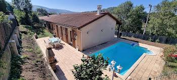 villa à Saint-Etienne (42)