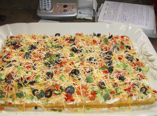 Rose Mary's Fresh Veggie Pizza Recipe