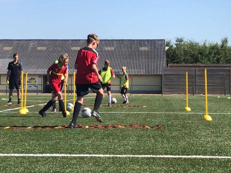 Adelanto in voetbalmagazine: De schaduwzijde van de Belgische opleidingscultuur