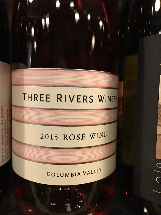 Logo for Three Rivers Winery