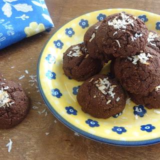 Cinnamon Chocolate Coconut Flour Cookies / Keto / Low Carb / Paleo / Gluten Free / Sugar Free / Nut Free.