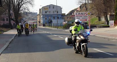 Photo: Cyklistický peleton v doprovodu policie ČR  Autor: Sylva Švihelová