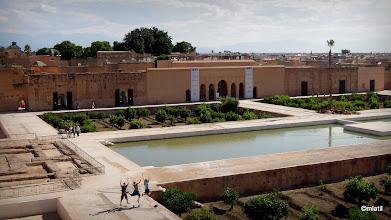 Photo: Palác Al Badií. Verča se zahalila, chce splynout s místňačkama