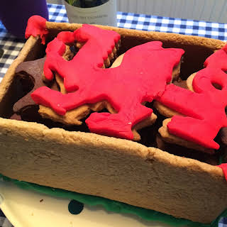 oat shortbread Welsh dragon box with cat-shaped bourbon biscuits.
