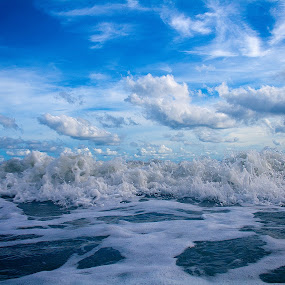 Where the sky meet  the ocean by Vadim Malinovskiy - Landscapes Waterscapes ( sky, blue, sea, ocean, trip )