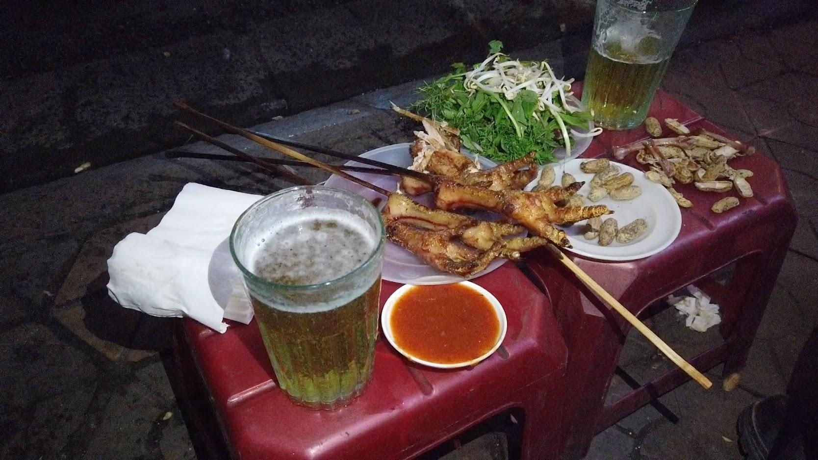 Quán chân gà nướng đường Cát Cụt món ngon ẩm thực Hải Phòng 2