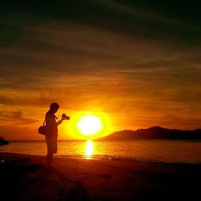 Lito Hulawa Sunrise  by Zulfikar Mantu - Instagram & Mobile Android