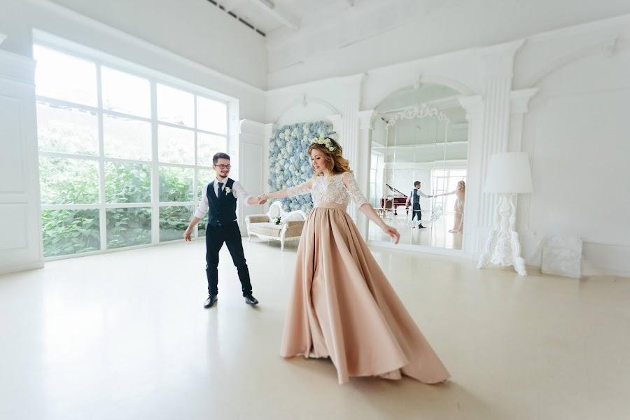 Wedding photographer Vasiliy Klimov (klimovphoto). Photo of 20.02.2018