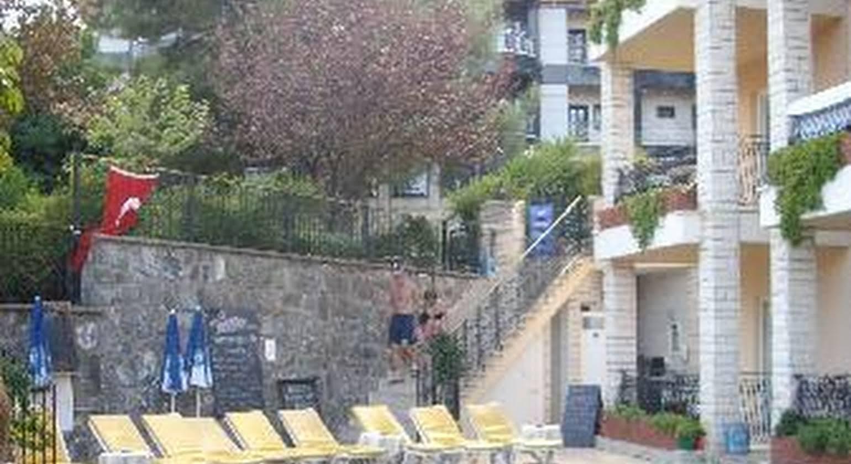 Ozlem 2 Apart Hotel