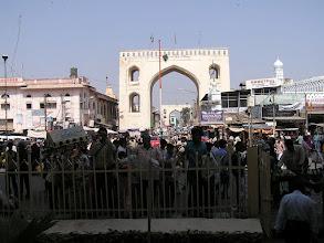 Photo: 7B130024 Hyderabad - okolice Charminar