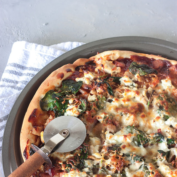 Barbeque Chicken, Bacon and Onion Pizza Recipe