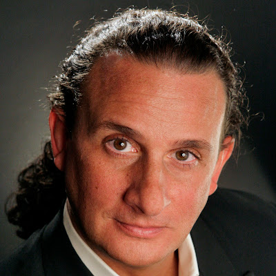 Talking with Singers: David Cangelosi