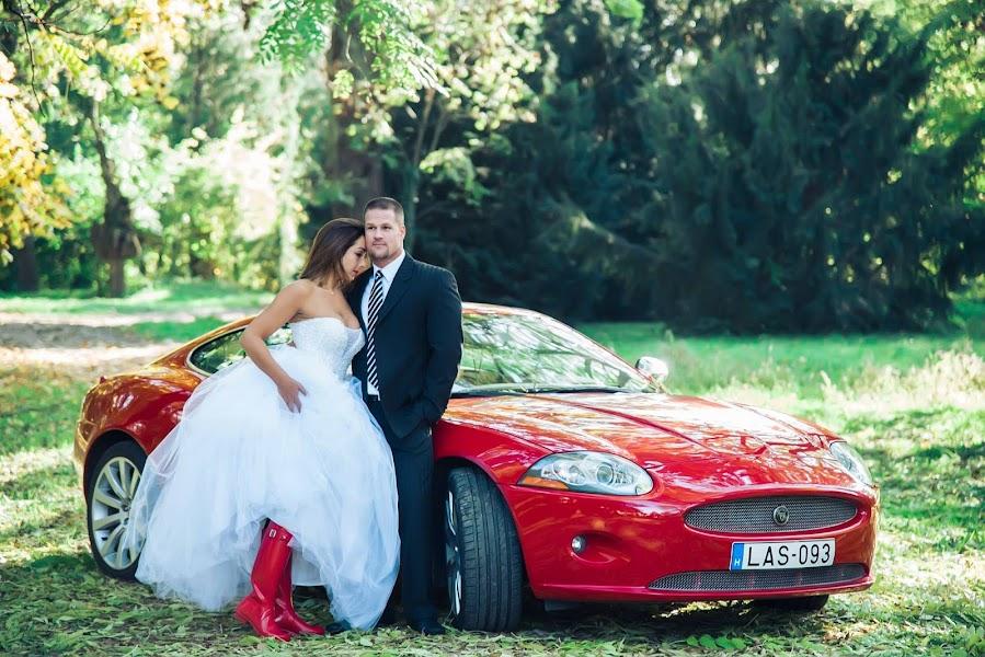 Wedding photographer Noemi Jánossy (Janossy). Photo of 03.03.2019
