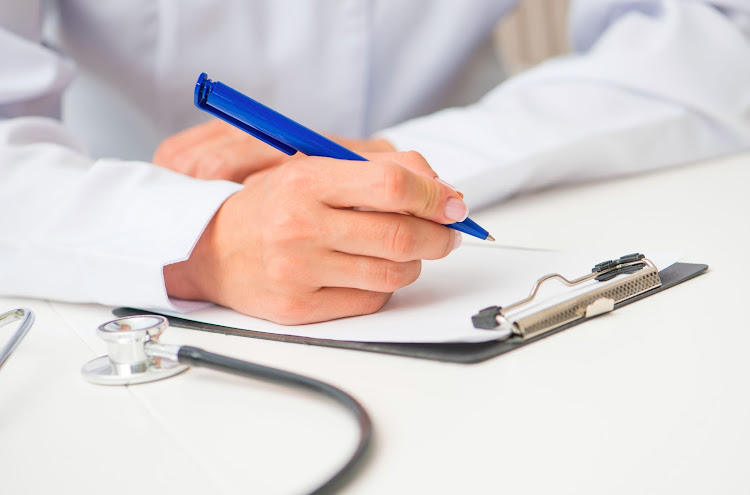 The SA Medical Association says there is a bottleneck in the system that would be alleviated if doctors' internships were halved to a year, followed by a year's community service.