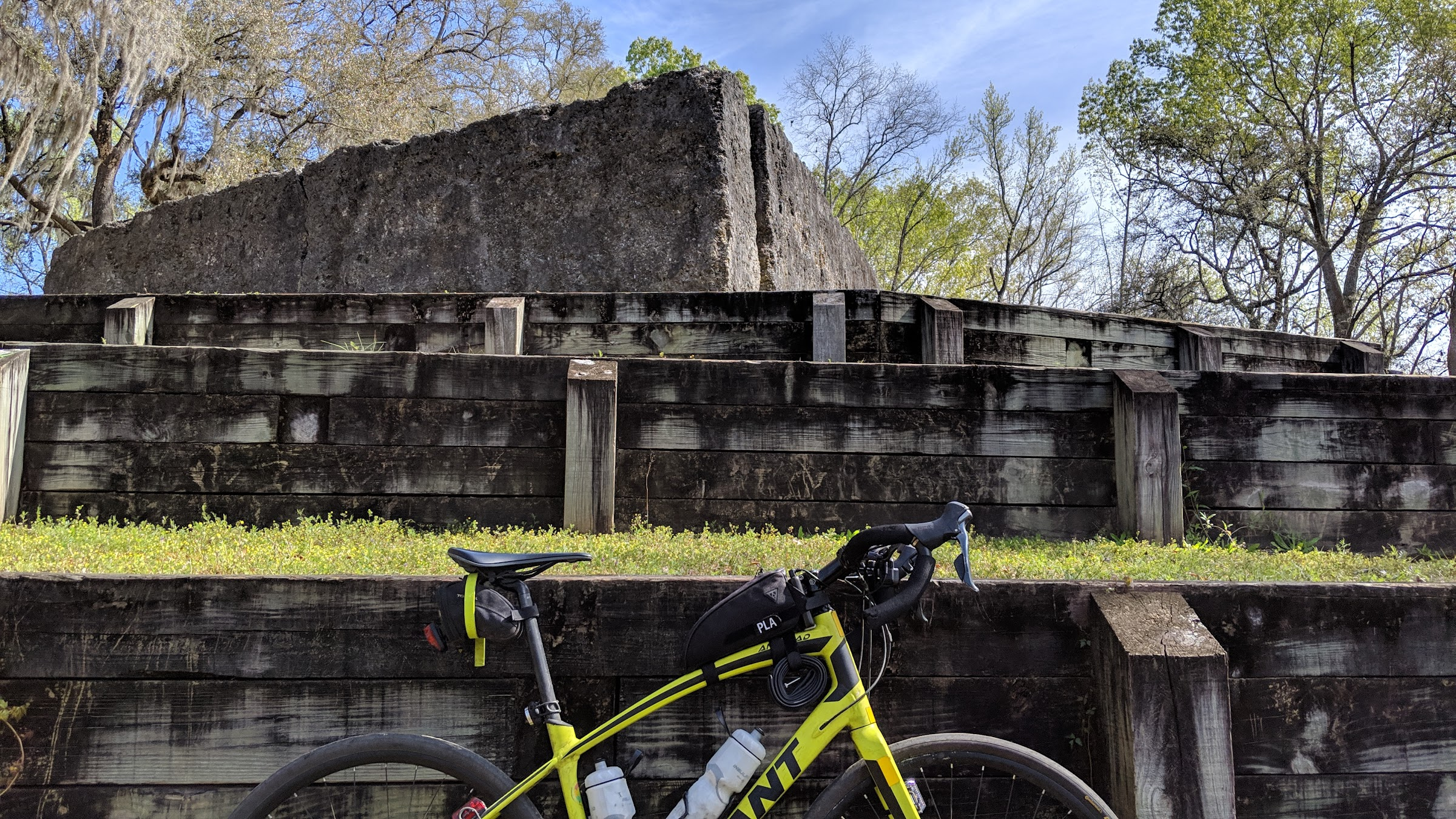 bike in front of fort