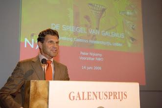 Photo: Toespraak prof. dr. F.P. Nijkamp ter gelegenheid van de Galenus Researchprijs 2006 in Naturalis te Leiden foto © Bart Versteeg