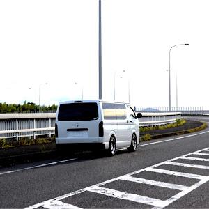 ハイエースバン TRH200V SUPER GL 2018年式のカスタム事例画像 keiji@黒バンパー愛好会さんの2018年09月07日19:45の投稿