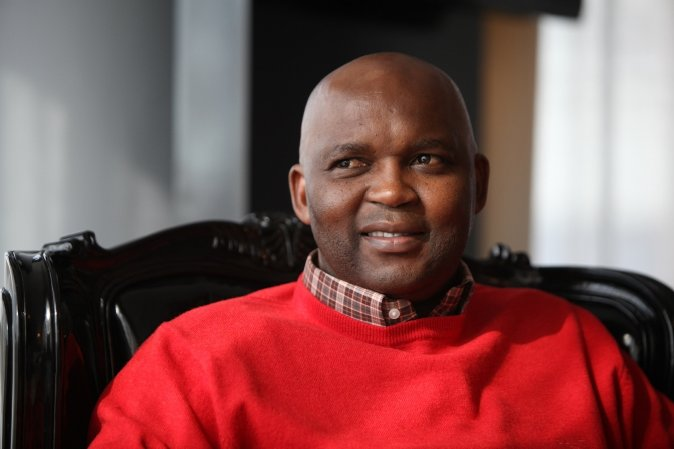 As Sundowns Khama Billiat wil hê, moet hulle Chiefs nader, sê Pitso Mosimane