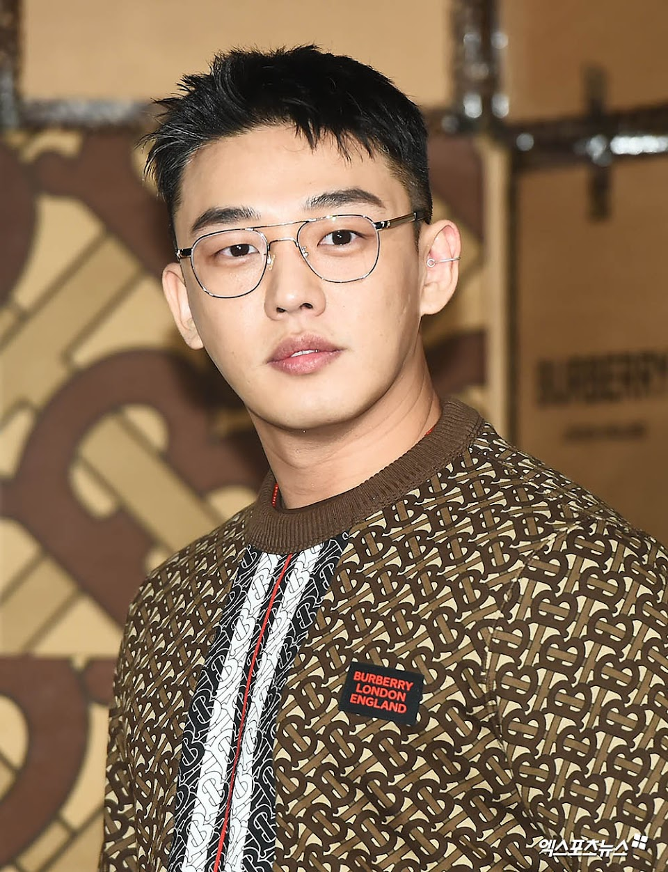 yoo ah in shaved head new photo 2