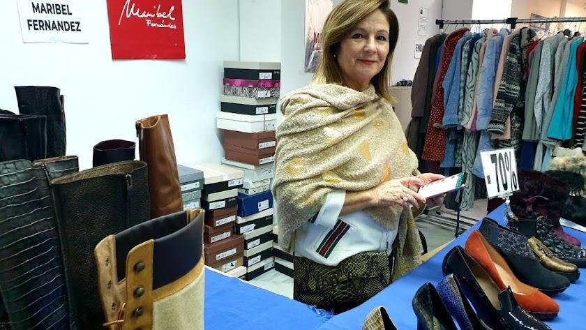 En la zapatería de Maribel Fernández, la confianza y el vínculo tan especial que mantiene con el cliente, son garantía y una apuesta segura.