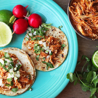 Easy One-Pot Chicken Tinga (Spicy Mexican Shredded Chicken).