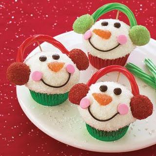 Easy Snowmen Cupcakes
